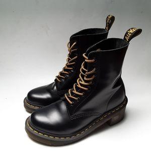 Dr. Martens Clemency Heel Boots Size 6